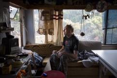 Bambou, 47 ans, vit en mobil-home. Publication dans Sans-A.