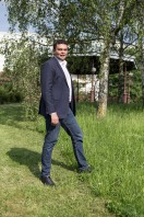 Aziz Senni, entrepreneu dans les banlieues