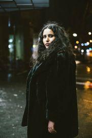Paris, 27 janvier 2020. Portrait de Samya Mokhtar dans le quartier de la Sorbonne.