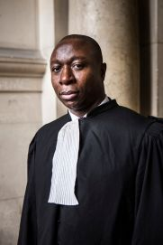 5 octobre 2017, Paris (75), FRANCE. Portrait de Serge Money, ancien rappeur de la Mafia Trece sous le nom de Cochise, devenu avocat pénaliste, ici au Tribunal de Paris.