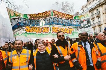 December 17, 2019, Paris, FRANCE. Demonstration in Paris against the pension reform. 17 décembre 2019, Paris (75), FRANCE. Union entre la RATP et la SNCF lors de la manifestation contre la réforme des retraites à Paris.