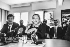 Sète (34), 15 février 2020, Hôtel impérial.Conférence de presse de Marine Le Pen et Sébastien Pacull à Sète pour la campagne municipale 2020. SUR LA PHOTO : Marine Le Pen (au c.), présidente du Rassemblement National et Jean-Louis Cousin (à g.), délégué départemental de l'Hérault du Rassemblement National et candidat aux municipales à Agde.