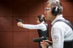 14 novembre 2018, Reims (51), FRANCE. Formation au maniement de l'arme de service d'élèves de l'Ecole de Police Nationale de Reims.