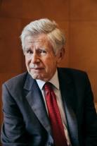 June 9, 2020, Paris (75), FRANCE. Alain Minc in his office. 9 juin 2020, Paris (75), FRANCE. Alain Minc dans son bureau.
