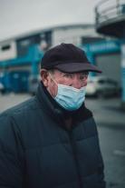 """""""Gilbert, retraité, prend l'air avant le couvre-feu"""", Le Guilvinec, janvier 2021."""
