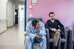 26 mars 2019. Jérôme s'effondre lors d'une consultation avec son psychologue, M. Raphaël Alix. Il est de retour au service fermé alors qu'il était en service ouvert avec autorisation de sortie. Il a fugué pour aller voir son frère puis sa fille. Il a paniqué à l'approche d'une visite du foyer en Belgique. Le psychologue tente de le rassurer.